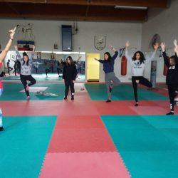 Yoga-01-2020-08